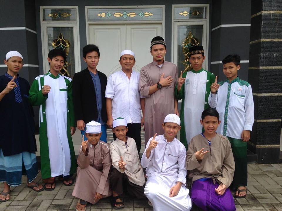 Aktivitas Sehari-hari Santri Rumah TahfidzAkbar