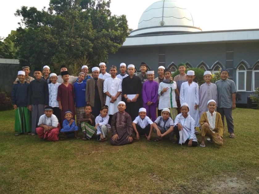 Asyiknya Menghafal Al-Quran Dengan Suasana Alam