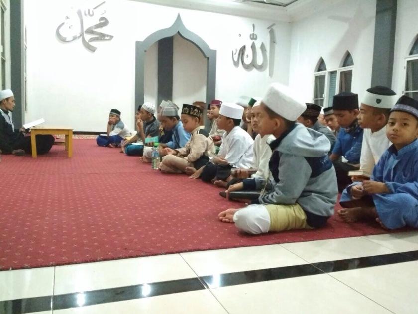 Santri Harus Tetap Berolahraga Disela-sela Kesibukan Menghafal Al-Quran4