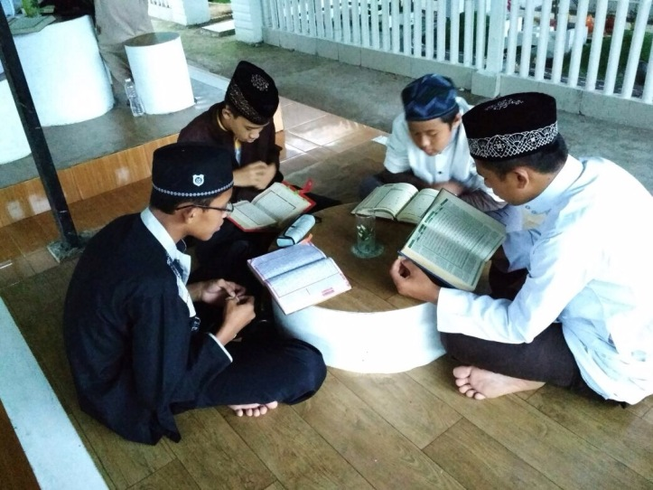 Santri Harus Tetap Berolahraga Disela-sela Kesibukan Menghafal Al-Quran5
